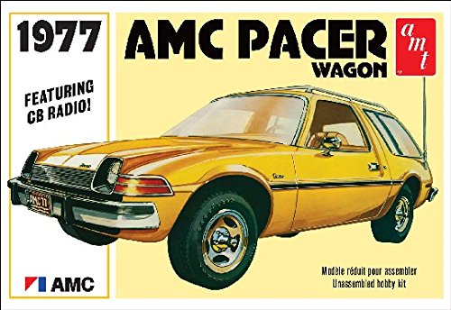 AMT AMT1008 1:25 Scale 1977 AMC Pacer Wagon Model Kit from AMT