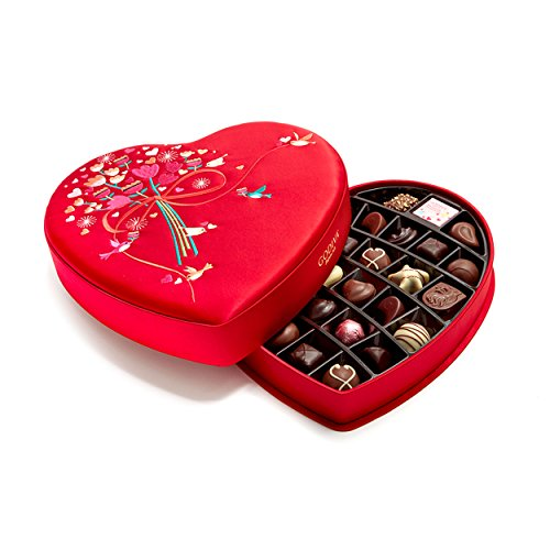 Godiva Chocolatier Limited Edition 2018 Valentine's Day Luxury Fabric Heart Assorted Gourmet Chocolates 37 Piece Gift Box