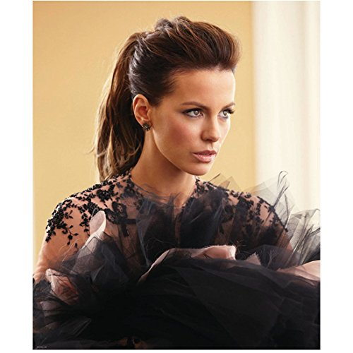kate beckinsale black dress - 9