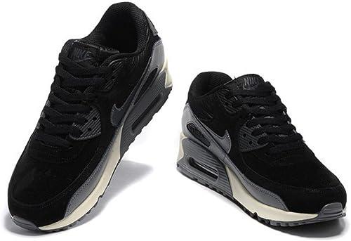 Nike Air Max 90 mens (USA 10) (UK 9