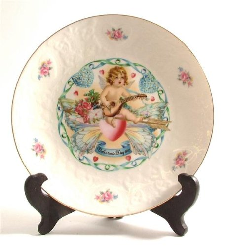 Royal Doulton Valentines Day Plate - Royal Doulton Valentines Day Plate 1983 CP529