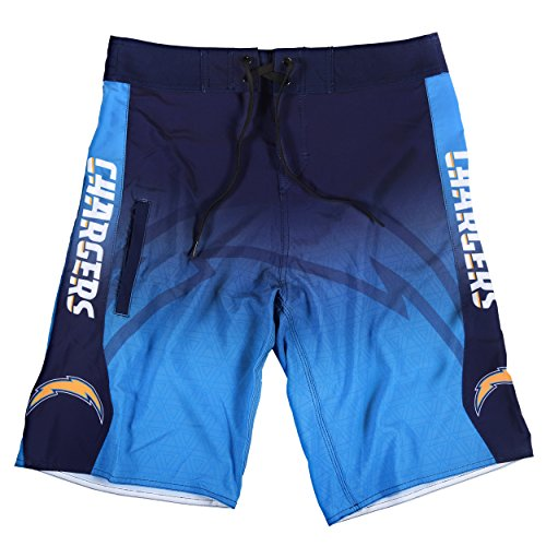 Los Angeles Chargers Gradient Board Short Large 34 ()
