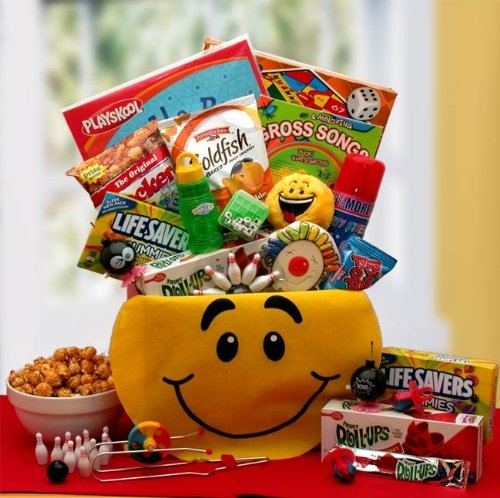 B00I466EU2 Fun Snacks and Activity Basket for Boys - Makes a Perfect Birthday, Easter, Christmas or Any Occasion Gift for Kids. 51CVCLGyA5L