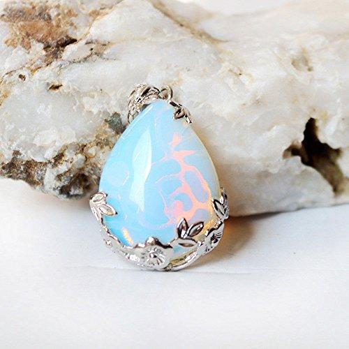 Siam panvaFlower Shaped Xmas Rainbow Fire Moonstone Gemstone Silver Drop Necklace Pendants