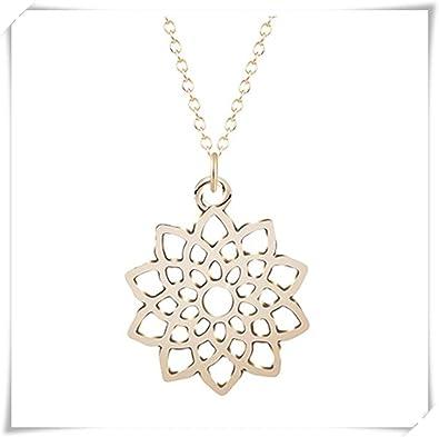 Geometric flower necklace alloy pendant women s jewelry  Amazon.co.uk   Jewellery 167c70067a