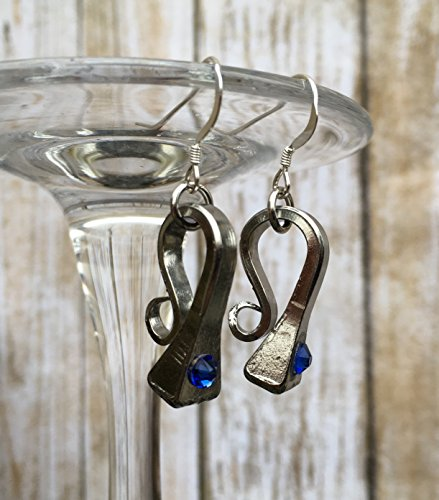 Birthstone Sapphire September Horseshoe Nail Earrings Sapphire - Sapphire Horseshoes