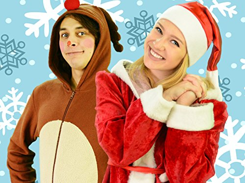 Sing Finger Family Song with Deer and Mrs Claus