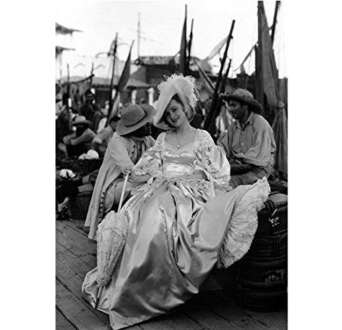 Olivia de Havilland as Arabella Bishop in Captain Blood 8 x 10 Inch Photo