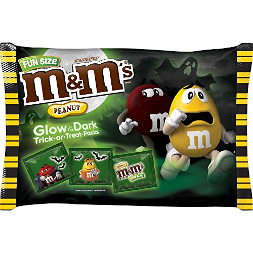 M&M'S Glow-in-the-Dark Dark Chocolate Peanut Halloween Candy 17-Ounce Bag