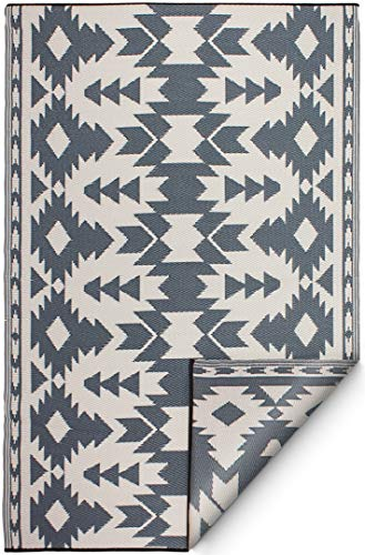 Fab Habitat Reversible, Indoor/Outdoor Weather Resistant Floor Mat/Rug - Miramar - Gray (8' x 10')