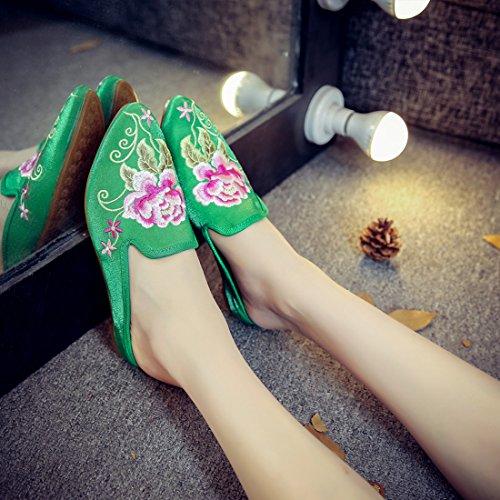 Yiblbox Womens Chinese Bloemen Satijn Borduurwerk Loafers Voor Vrouwen Puntige Teen Casual Muilezels Huis Backless Slip Op Slippers Schoenen Groen