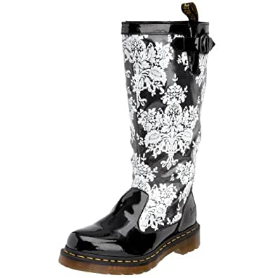 Dr martens women 39 s nellie boot black lamper for Amazon dr martens