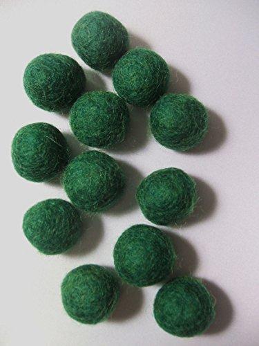 12 Dark Forest Green Hand-felted 1.5 cm Wool Felt Balls Handbehg Felts