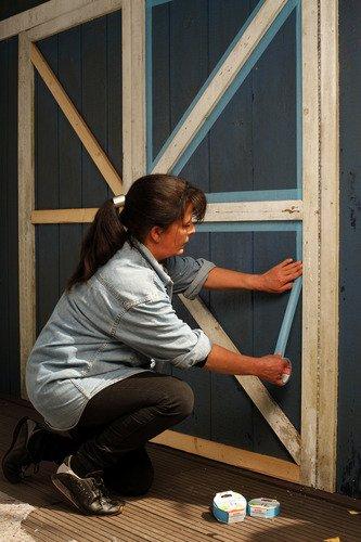Tesa 56250-00004-00 Cinta de pintor especial para cristales, 25 m x 25 mm color azul