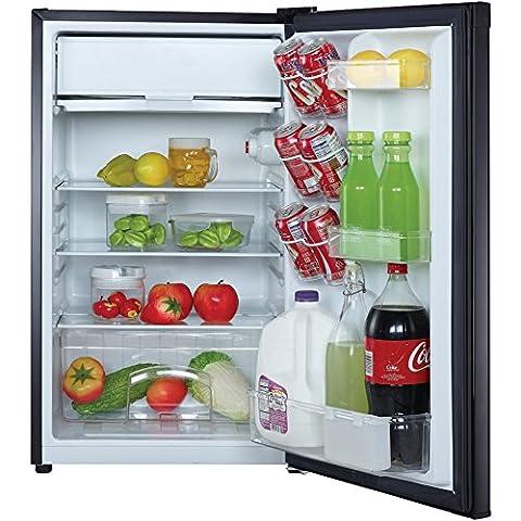 1 - 4.4CBFT REFRIGERATOR BLK, 4.4 Cubic-ft Refrigerator (Black), 4.4 cu ft capacity , In-door gallon rack & can dispenser , Crisper drawer , Adjustable thermostat control , Push-button defrost ...