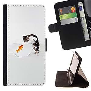 ForSamsung Galaxy S3 MINI i8190 (NOT S3) Case , Lindo divertido del gato y del Goldfish- la tarjeta de Crédito Slots PU Funda de cuero Monedero caso cubierta de piel