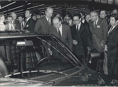 Historic Images - 1984 Press Photo President Mitterrand Porte de Versailles Auto Exposition Paris