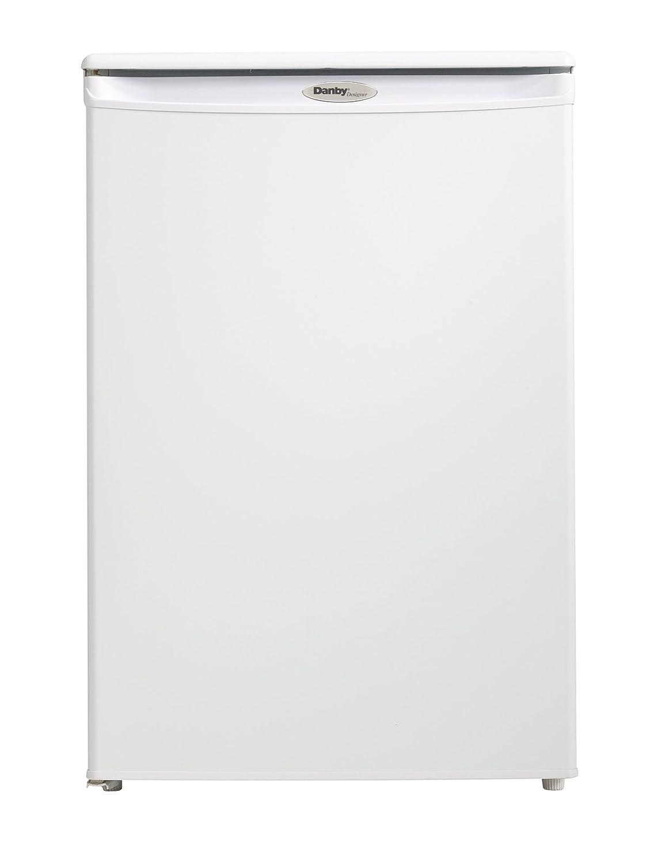 amazon com danby dufm043a1wdd 4 3 cubic feet upright freezer white rh amazon com