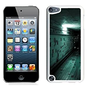 NEW Unique Custom Designed iPod Touch 5 Phone Case With Spooky Corridor Wall Tile Flying Halloween_White Phone Case