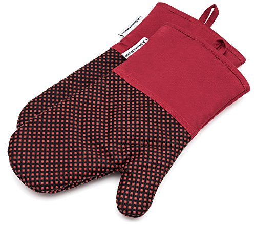 Silicone Oven Mitts 464 F Heat Resistant Potholders Dot Pattern Cooking Gloves Non-Slip Grip for Kitchen Oven BBQ Grill Cooking Baking 7x13 inch as Christmas Gift 1 pair (Red) by LA Sweet Home