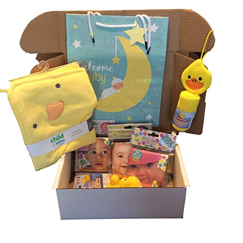 Memorable Gifts Baby Shower Bath Gift Set - Hooded Bath Towel, Animal Washcloth, Rubber Ducks, Waterproof Bath Books, Gift Bag,Tag and Tissue Paper (Paper Bag Animals)