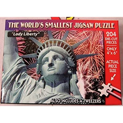 World's Smallest Jigsaw Puzzle – Lady Liberty: Toys & Games