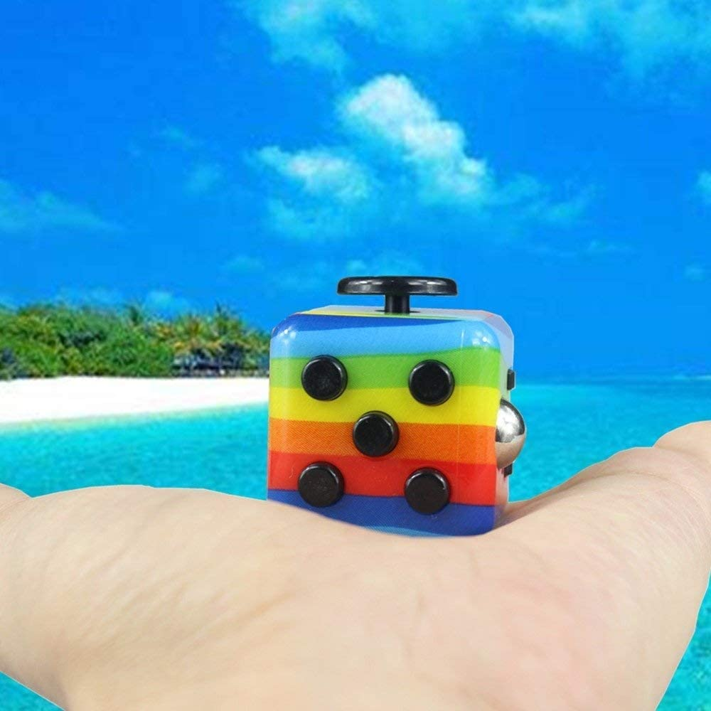 Yetech Rainbow Jouets de d/écompression Anti-Stress Toy Stress Cube pour Enfants et Adultes