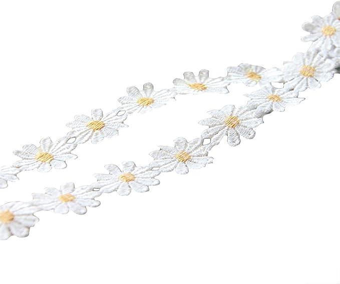 10 Crochet Flower Handmade Daisy Summer White Appliques Embellishment 2.5 cm