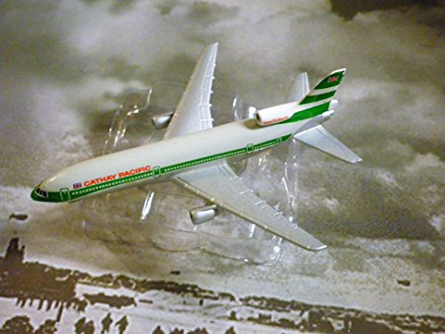Cathay Pacific Hong Kong Airline Lockheed L-1011 Jet Plane 1:600 Scale Die-cast Plane Made in Germany by (Cathay Pacific Airlines)