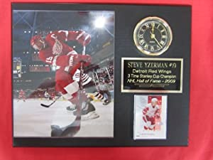 Steve Yzerman Detroit Red Wings Collectors Clock Plaque w/8x10 ACTION Photo and Card