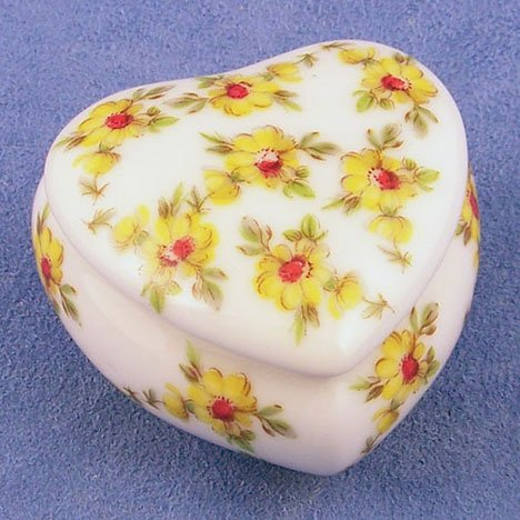 Limoges Yellow Buds Small Heart Box