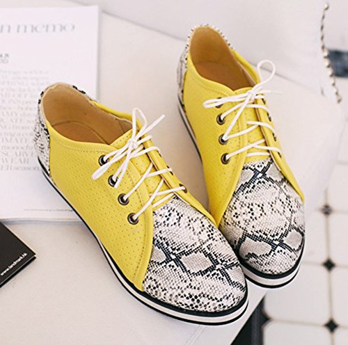 Sfnld Womens Casual Round Toe Low Cut Snake Pattern Lace Up Flat Sneakers Yellow a61N2af