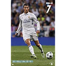 Cristiano Ronaldo Poster - Season 2016/17 (61cm x 91,5cm) + 1 pair of black poster hangers
