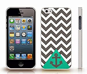 Case For Ipod Touch 4 Cover with Chevron Pattern Grey/ White Stripes Grey Anchor on Green , Snap-on Cover, Hard Carrying Case (White)