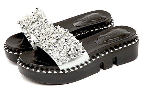 Aisun Damen Fashion Metallic Strass Perlen Durchgängig Plateau Bequem Flach Pantolette Silber
