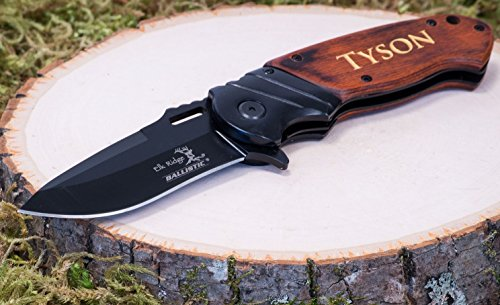 Personalized-Engraved-Groomsmen-Gift-Knife-Custom-Pocket-Knives-Groomsman-Husband-Hunting-Man-Mens-Boyfriend-Wedding-Gifts-Folding-Blade-Rustic-Buck-Knifes-Spring-Assisted-Opening
