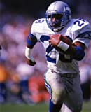 CURT WARNER SEATTLE SEAHAWKS 8X10 SPORTS ACTION PHOTO (A)