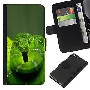 KLONGSHOP // Tirón de la caja Cartera de cuero con ranuras para tarjetas - Enfriar la selva verde de la serpiente - Apple Iphone 5C //