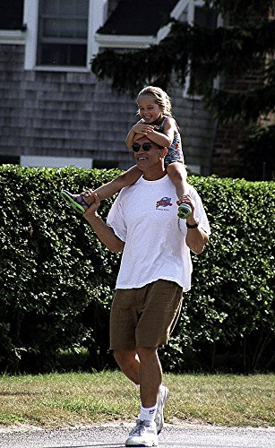 Posterazzi Poster Print Collection Arnold Schwarzenegger and His Daughter At the Kennedys Weekend in Hyannisport Photo, (24 x 30), Multicolored
