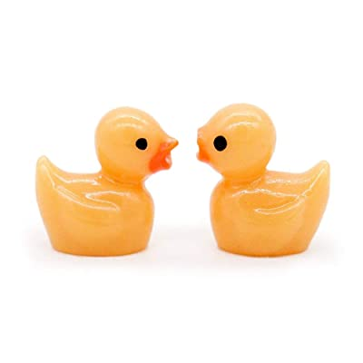 Odoria 1:12 Miniature 2PCS Bath Toy Yellow Duck Dollhouse Bathroom Accessories: Toys & Games