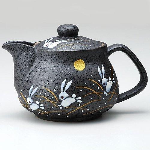 I rabbit Kutani pottery teapot pot (with tea strainer)