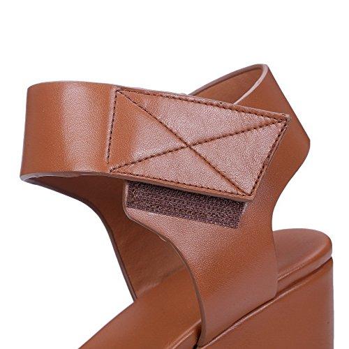 AgooLar Mujeres Velcro Cuero de Vaca Puntera Abierta Plataforma Sólido Sandalia Marrón