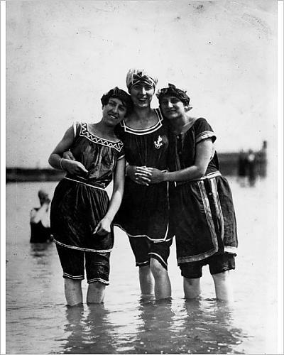 Costumes Edwardian Swimming (Photographic Print Of Bathing)