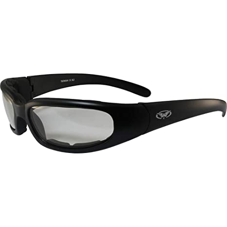 d6247734c688 Amazon.com  Chicago Photochromic Light Adjusting Padded Motorcycle  Sunglasses By Global Vision  Automotive