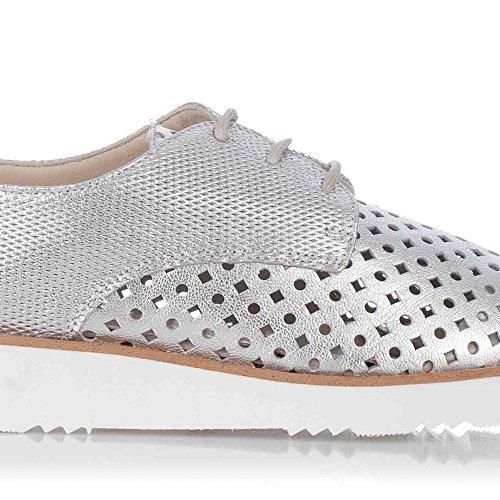 Zapatos Oxford Plateados de Mujer. Piel Plata