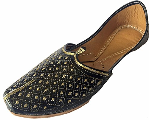 Step n Style Men's Flat Black Wedding Khussa Shoes Traditional Indian Leather Loafer Punjabi Jutti by Step n Style