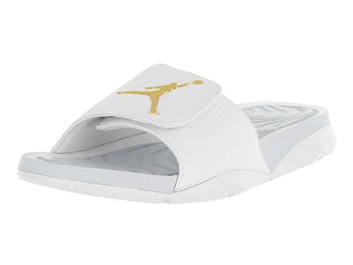 27e645fb7680 Nike Jordan Men s Jordan Hydro 5 White Mtlc Gold Coin Pr Pltnm Sandal 14  Men US  Amazon.ca  Shoes   Handbags