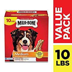 Milk-Bone Original biscuits are crunchy snacks that are wholesome and delicious. Prepared with care, these tasty treats will give your dog the simple genuine joy that your dog gives you every day.