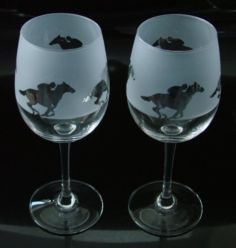 Horse racing gift wine glasses Glass in the forest
