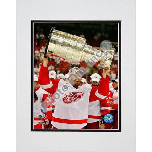Photo File Detroit Red Wings Johan Franzen 2008 Stanley Cup 8x10 Matted -
